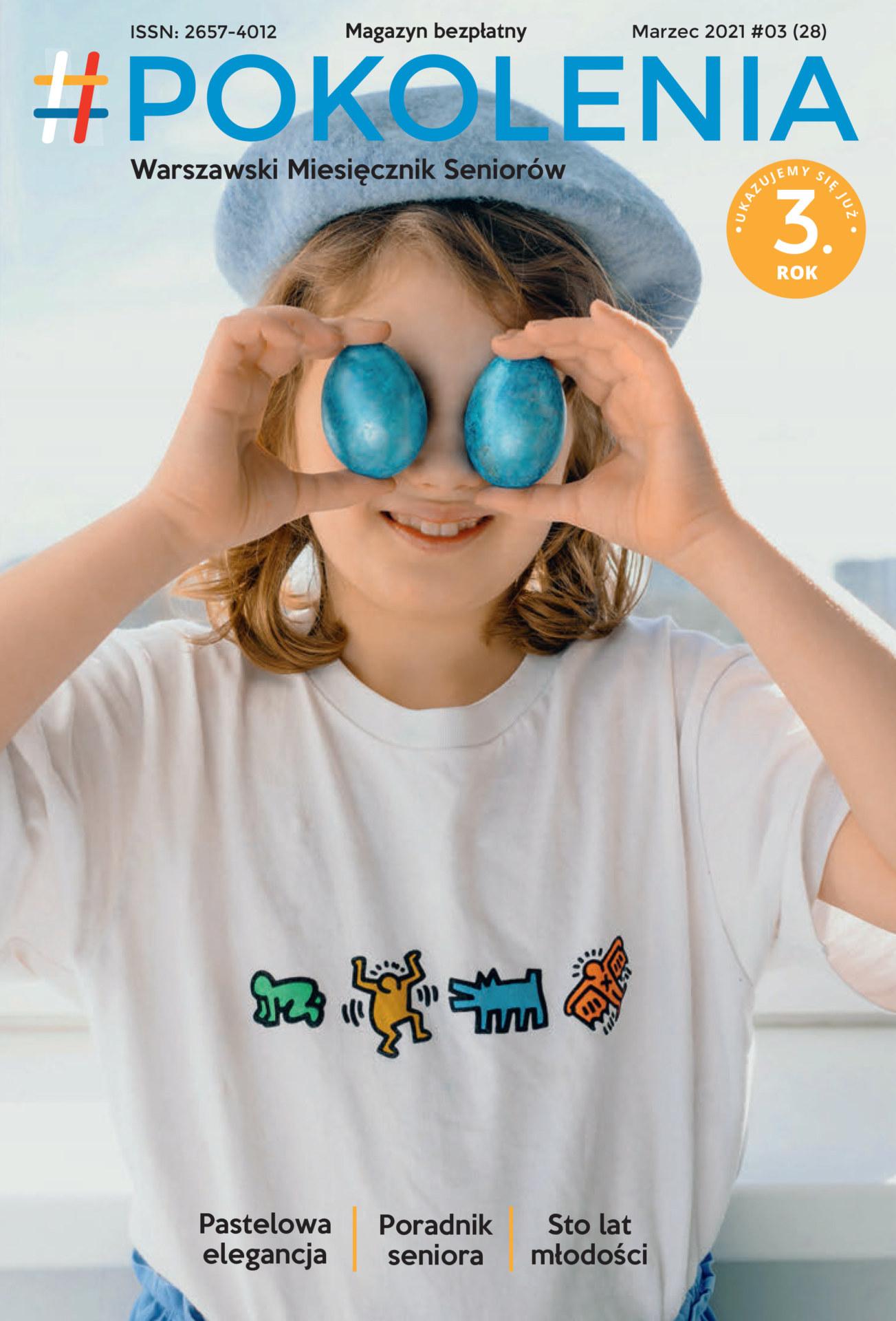 Dziewczynka w białej bluzce i niebieskim kapeluszu. Trzyma w obydwu rękach na wysokości oczu dwa niebieskie jajka.